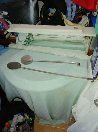 dos cucharas para paella