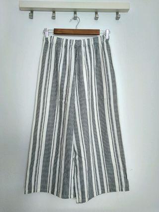 Pantalones anchos de rayas de Pull & Bear