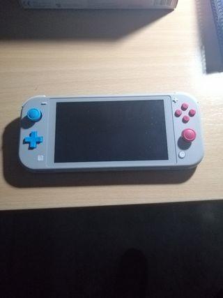 Nintendo Switch Lite + Funda + Pokémon Espada.