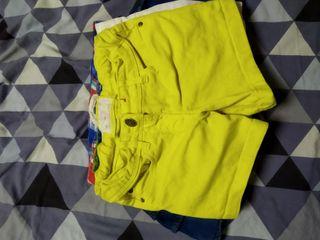 pantalones cortos y faldas