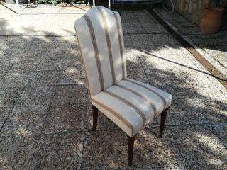 sillas madera maciza tapizadas.