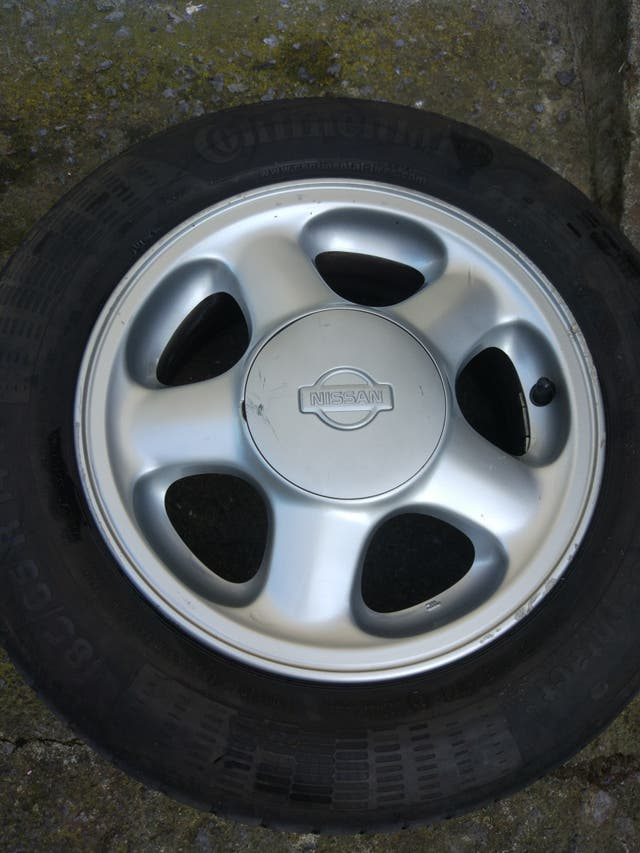 Llantas Nissan Primera