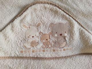 Capa de baño Interbaby Love en beige 1m x 1 m