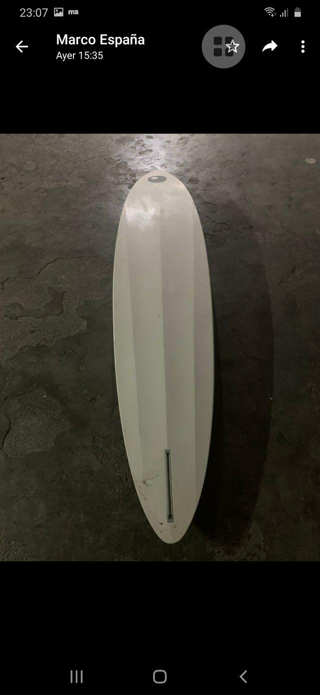 Tabla de windsurf marca Bic