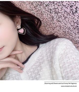 Pink heart shape faux crystal flower earring