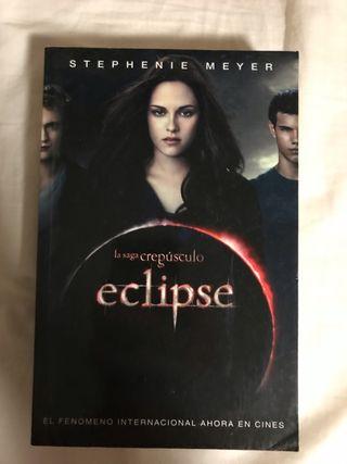 Libro Crepúsculo, eclipse