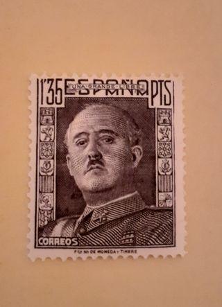 sello 1,35 pts Franco 1946 nuevo