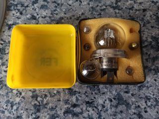 Caja recambio lámparas Renault