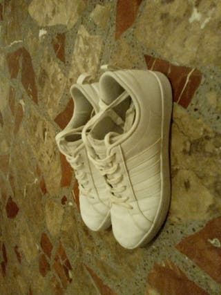 Adidas blancas enteras