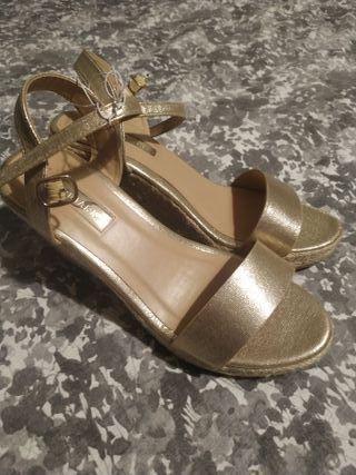 sandalias nuevas talla 39