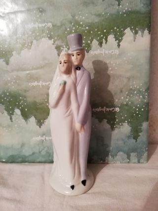 Figura de novios de porcelana