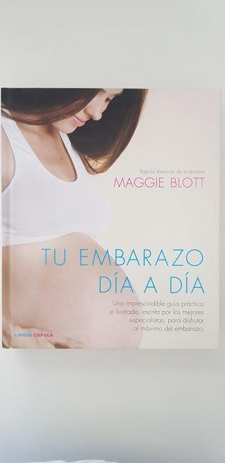 """Libro guía """"Tu embarazo día a día"""". Maggie Blott."""