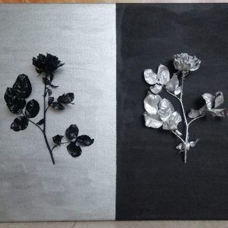 Cuadro rosas secas negro y plata. Hecho a mano.