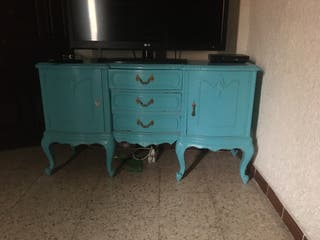 Mueble trle pintado