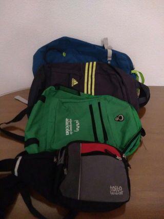 lote de mochilas un de montaña y dos normal