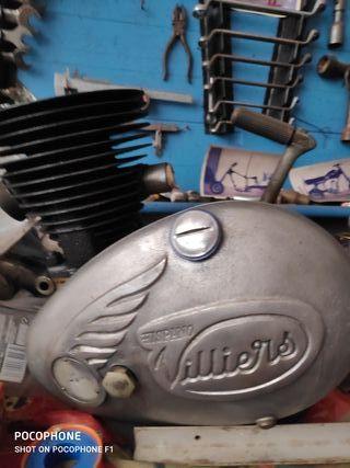 Moto Roa y recambios