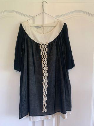 Vestido blanco y negro con detalles