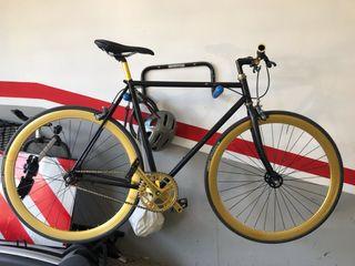 Bicicleta Fixi Dorada