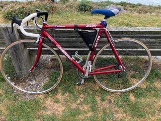 Bicicleta de carretera BH América