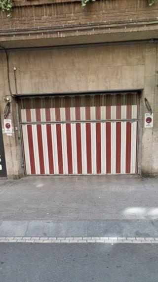 Parcela de garaje muy céntrico.