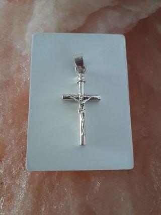 Crucifijo de plata de ley