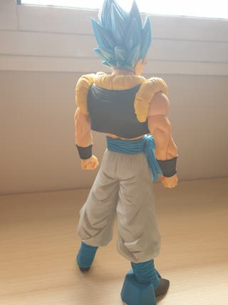 FIGURA VEGETO DRAGON BALL SUPER