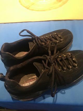 Zapatillas nuevas Skechers 38