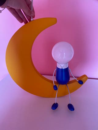 Lámpara infantil niño y luna