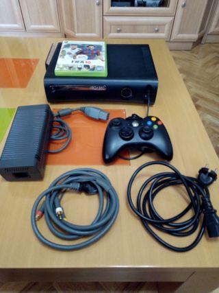 Xbox 360 completa , mando , juego y cables