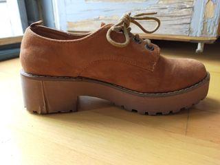 Bambas plataforma y zapato