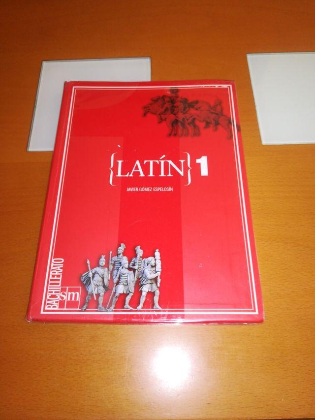 libro de latín de 1 BACH
