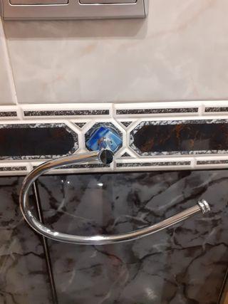 Toallero pared de baño