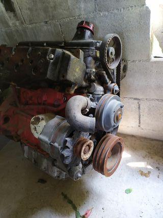 motor Volvo aq120.