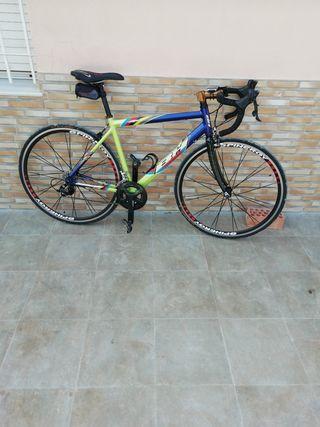 Bicicleta carretera bh talla m