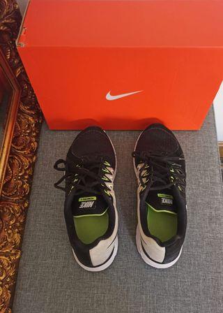 Zapatillas para correr, Nike vomero 9