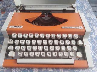 Maquina de escribir olympia traveller de Luxe 1970