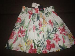 Falda estampada nueva