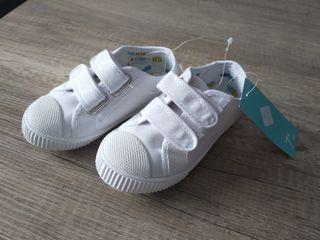 zapatos NUEVOS talla 25