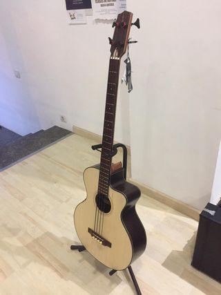 bajo acustico (bass guitarra)
