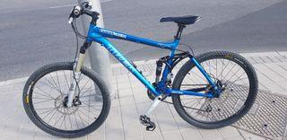 """bicicleta trek fuel doble suspension 26""""."""