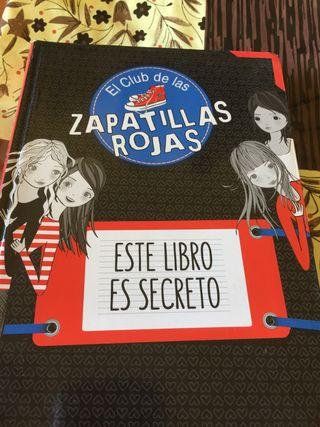 Zapatillas rojas este libro es secreto