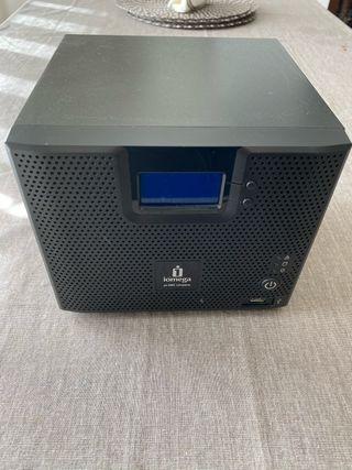 NAS Iomega storCenter ix4-200d