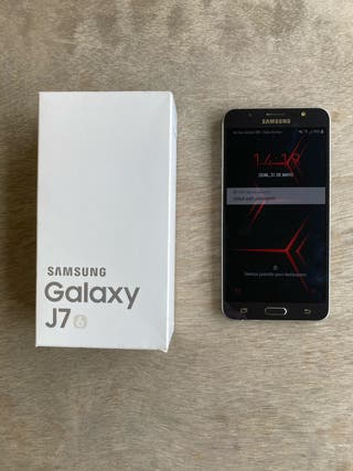 Teléfono móvil Samsung J7 (2016)
