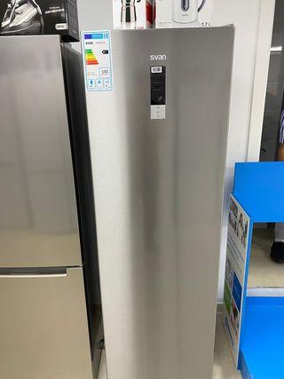 Congelador vertical svan