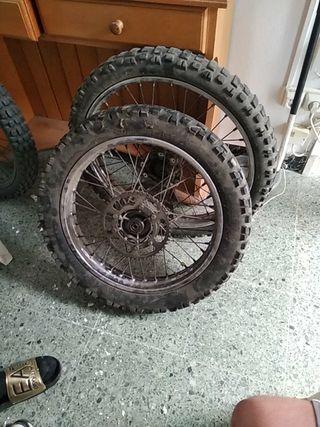 ruedas de 49 derbi senda original