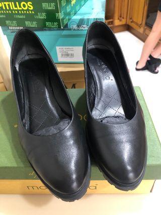Zapato salón piel