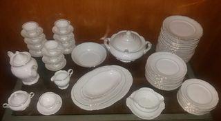 Vajilla WAWEL de porcelana