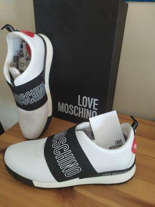 sneakers LOVE MOCHINO