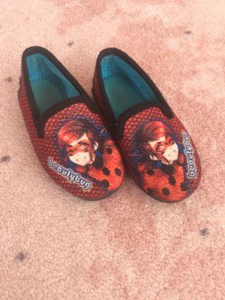 Zapatillas casa niña