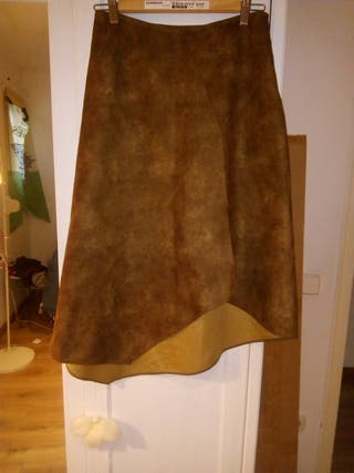 falda marron
